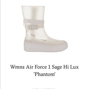 Nike Women's Air Force 1 Sage Hi Lux Phantom